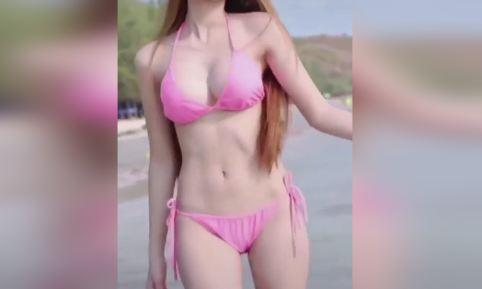 Asian Hot Girl Pretty Show Big Breast HOT