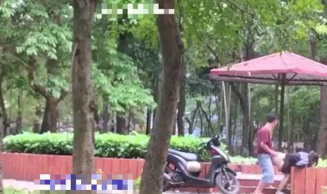 Full Clip cặp đôi Sex Chịch nhau Làm Tình ở công viên Định Công