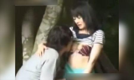 Full Clip cặp đôi Làm Tình Sex Chịch Xoạc ở công viên xem CỰC NỨNG