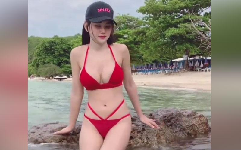 Clip Gái Xinh 2K Bikini Hot Girl Bikini Đồ Lót Màu Đỏ Cực Xinh