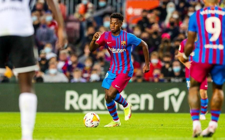Barcelona 3-1 Valencia 2021.10.17 (20h00) Full Goals Highlight