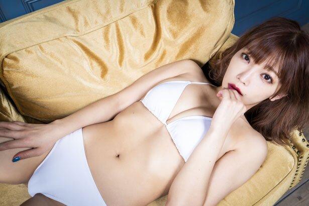 Ảnh Sex của Megumi Fujita nữ ca sĩ thích cởi nhất Nhật Bản