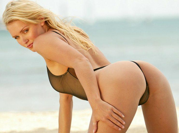 Ngắm Bộ Ảnh Gái Xinh Châu Âu mặc Bikini Lọt Khe CỰC GỢI CẢM