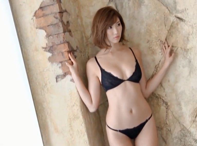 Clip hot girl Bikini Lọt Khe NÓNG BỎNG gợi cảm cuốn hút hấp dẫn