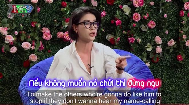 Clip Trang Trần 'CHỬI' tiến sĩ Lê Thẩm Dương giống 'bọn ngu' trên mạng